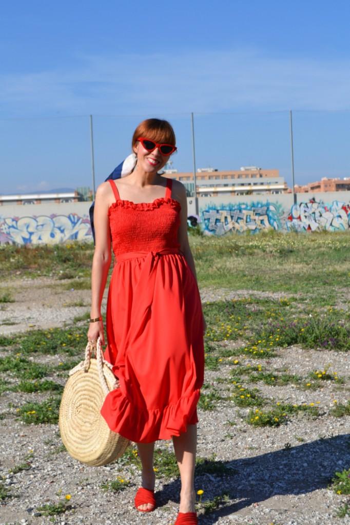 vestido rojo midi cuerpo nido de abeja